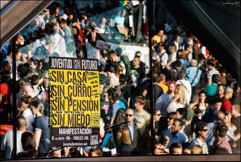 Un cartel de Juventud sin Futuro durante la acampada del 15M en Madrid.